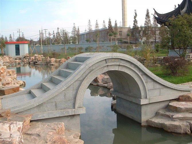 花岗岩石桥