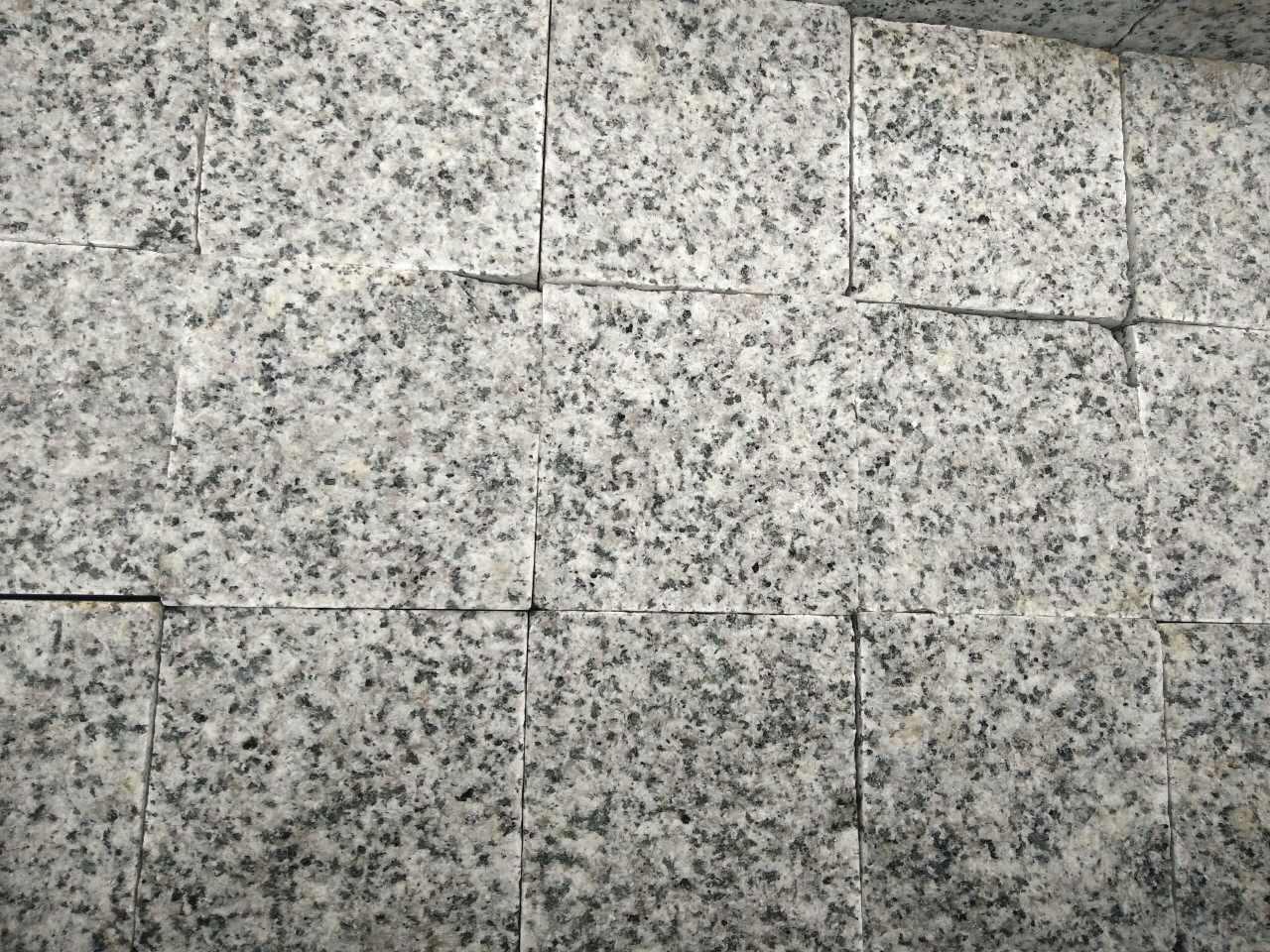 G655芝麻灰石材