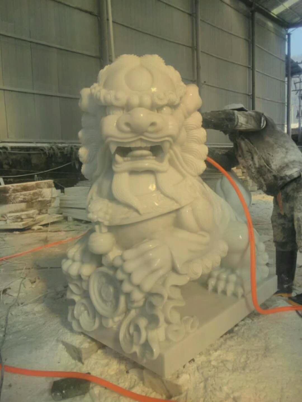 四川汉白玉雕刻石狮