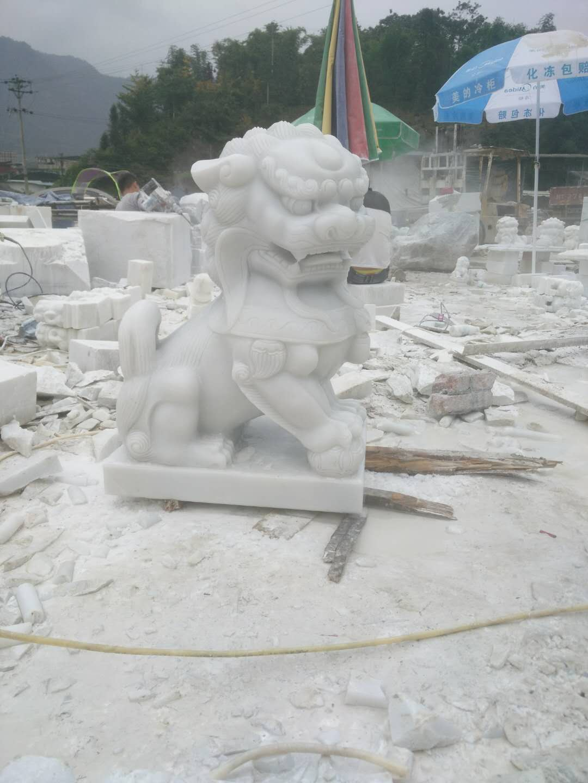 四川汉白玉石狮雕刻