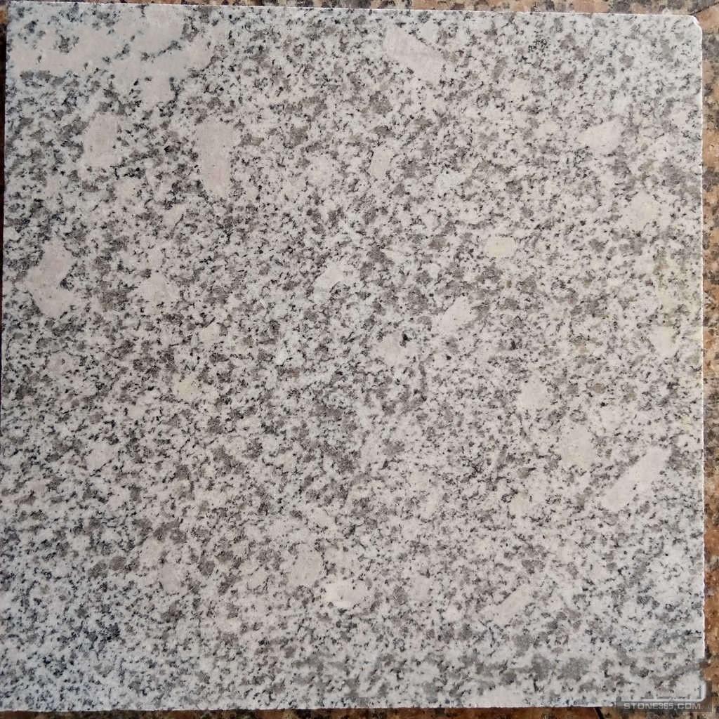 梨花白板材
