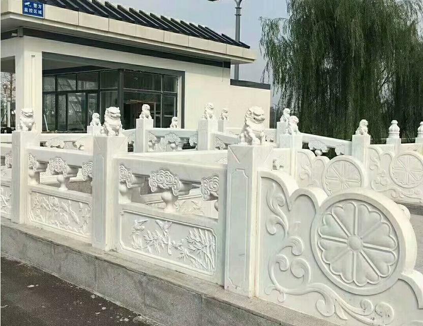 汉白玉栏杆
