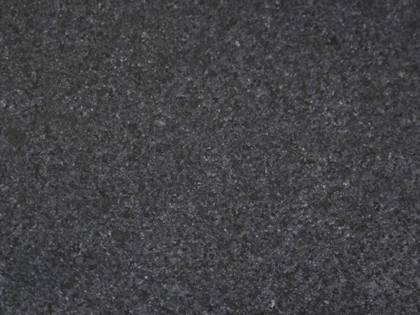 长泰芝麻黑光面G654#石材