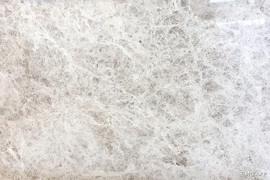 北极光巴图矿