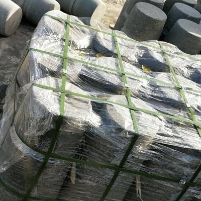 森林绿挡车石300*300*500