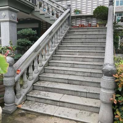 桐庐芝麻黑别墅栏杆工程案例