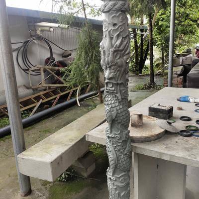 四川青石柱雕