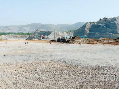 到5月底 全国非煤地下矿山和尾矿库自查自改完成率已别离到达70%...