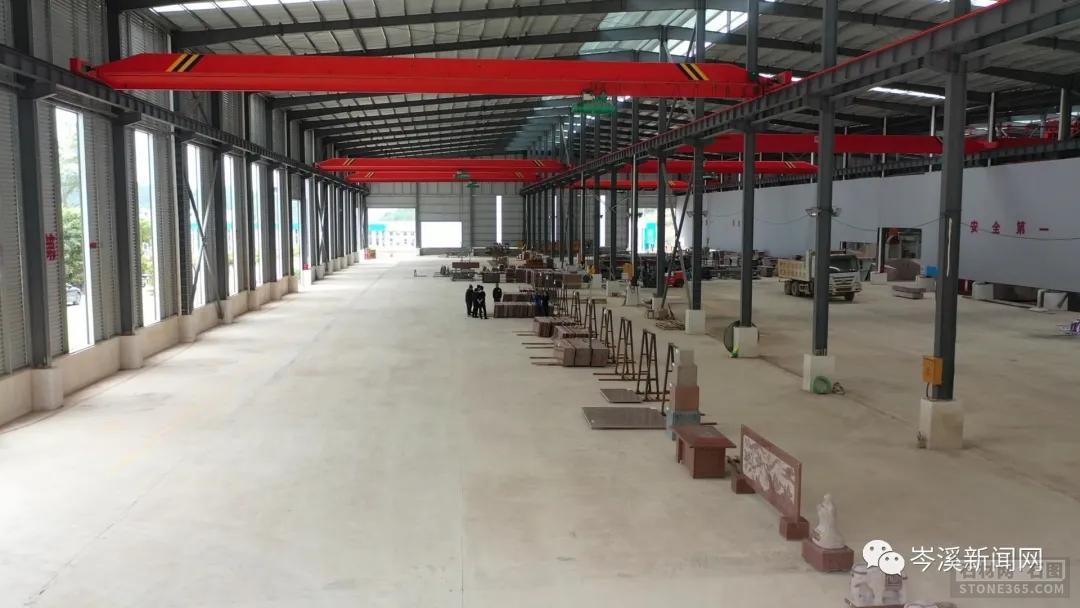麻城石材产业园路途建造用上了新技术新材料