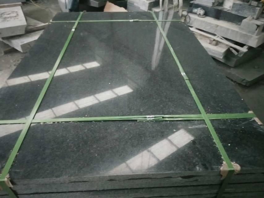 沂蒙黑3公分的大板