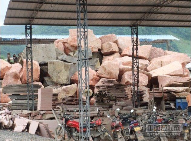 中国红、亚蒙黑,四川石材